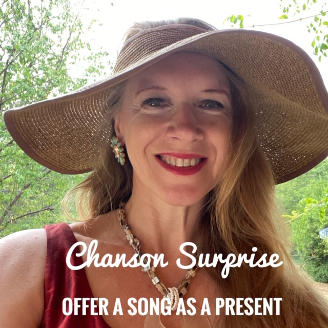 ChansonSurprise hat